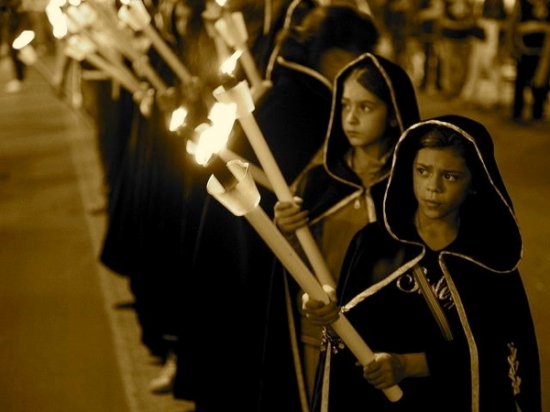 Procession in Palermo_by flydime